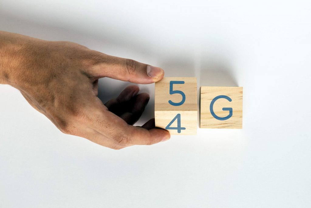 what is 5g network and how does it work