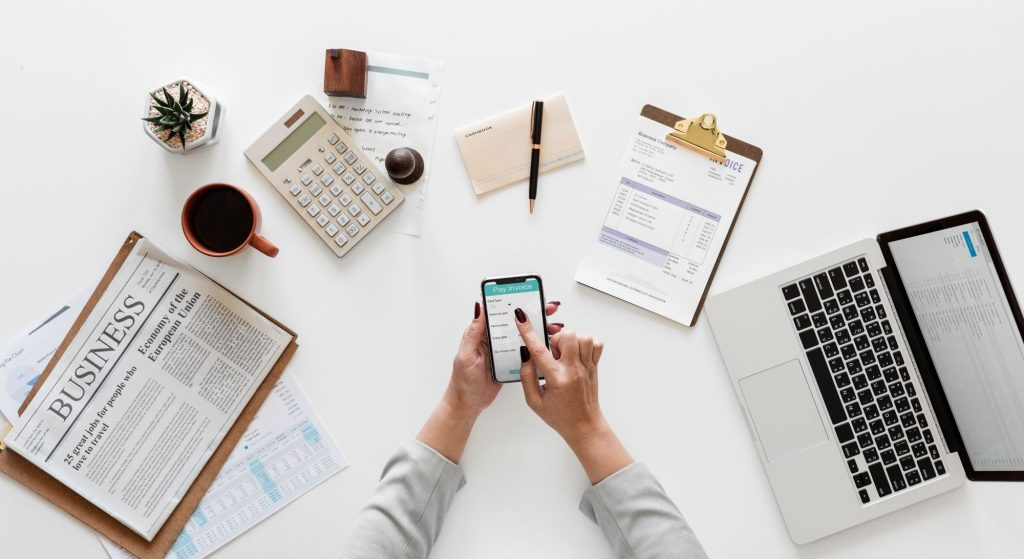 How to save money using Accounting Software in Small Business